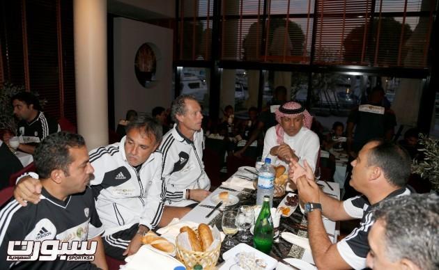 افطار الفريق الشبابي في مقر بمدينة أبوظبي الإماراتية
