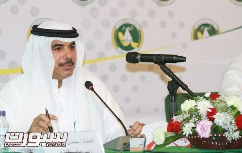 سليمان المطرود رئيس نادي الخليج