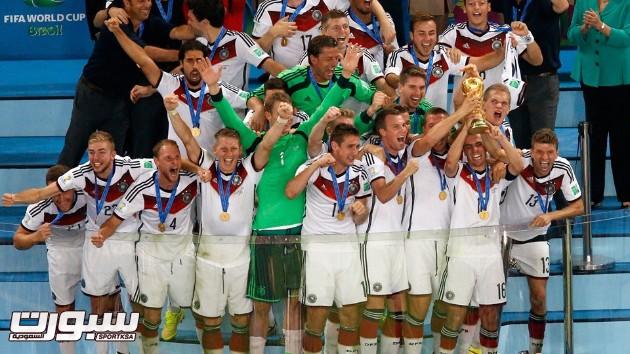فرحة المانيا بكأس العالم 2014 - 12