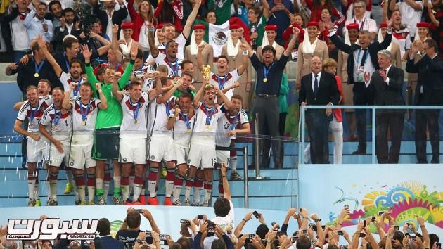 فرحة المانيا بكأس العالم 2014 - 18