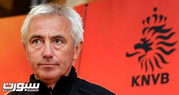 Netherlands coach Bert van Marwijk arrives for a news conference in Johannesburg, South Africa,  Thursday July 8, 2010. The Netherlands are preparing for the soccer World Cup final, where they play against Spain on Sunday. (AP Photo/Michael Sohn)