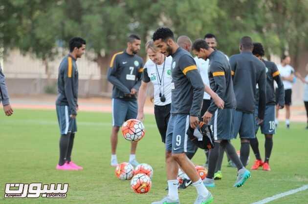 تدريبات المنتخب السعودي 2 (29732746) 