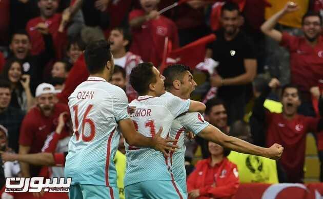 منتخب تركيا (1)