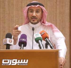 رئيس-مركز-التحكيم-الرياضي-المحامي-محمد-الضبعان-300x291