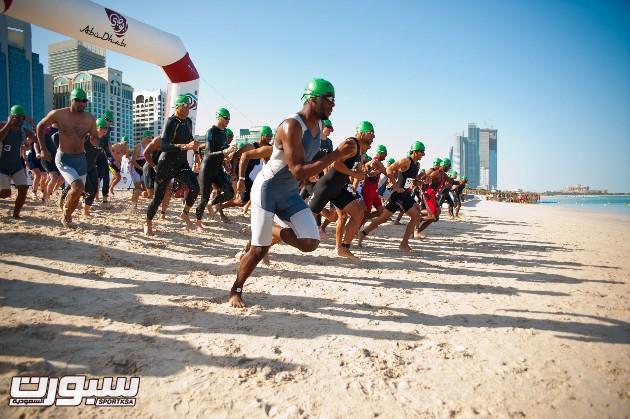 2400 متسابق من 68 دولة من حول العالم سيشاركون في السباق الأسبوع القادم في أبوظبي